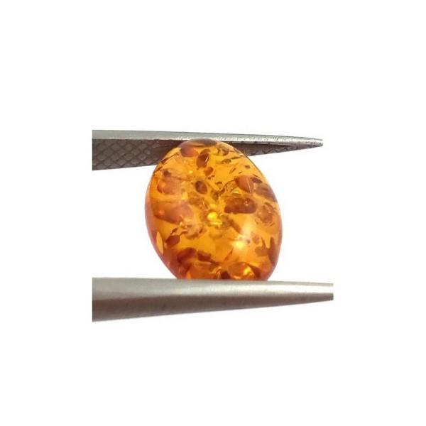 Chihlimbar oval cabochon