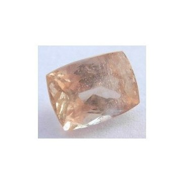 LIGHT BROWN TOPAZ